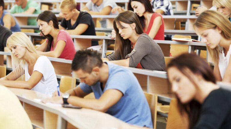 Studenci psychologii a kłamstwo